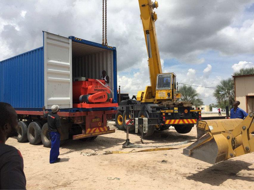 纳米比亚QTY6-15 block machine in Namibia (9)